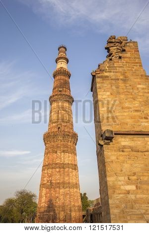 minaret of Qutub Minar in delhi, this minaret is the tallest free-standing stone tower in the world, and the tallest minaret in India. poster