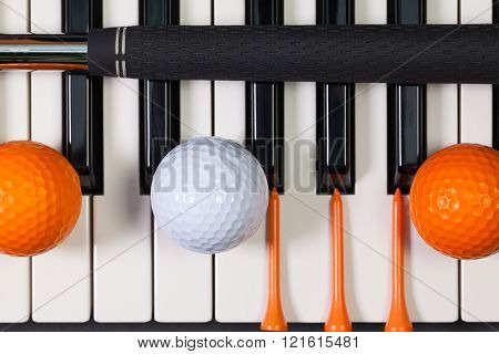 Virtuoso game - Piano keyboard and different golf equipment