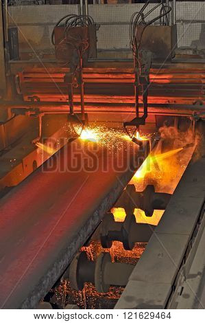 Gas Cutting Of The Hot Metal