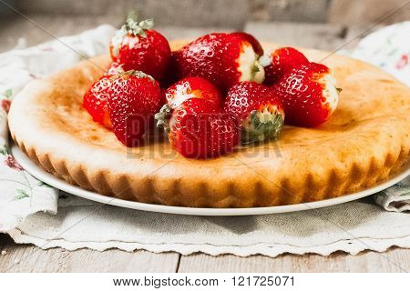Strawberry Tart Cake