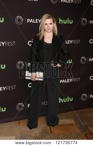LOS ANGELES - MAR 12:  Abigail Breslin at the PaleyFest Los Angeles - Scream Queens at the Dolby Theater on March 12, 2016 in Los Angeles, CA