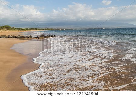 Kihei beach in the Island of Maui, beautiful coast with warm water