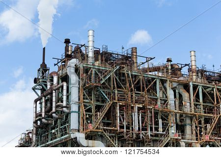 Pipelines of a oil and gas refinery industrial plant