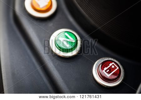 Motorcycle battery indicator