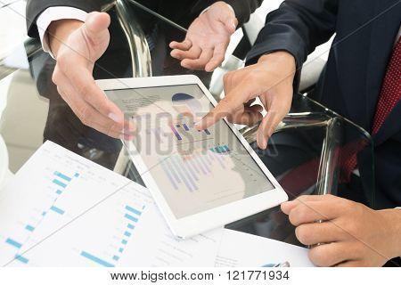 Discussing diagrams