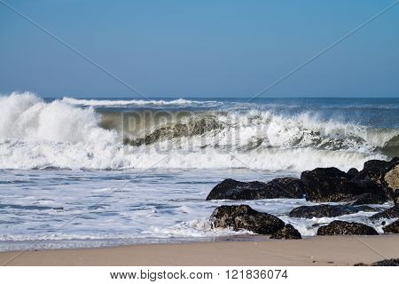 Atlantic Waves In Portugal
