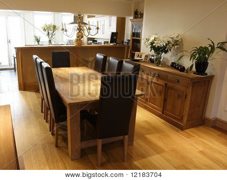 dinning area with oak flooring