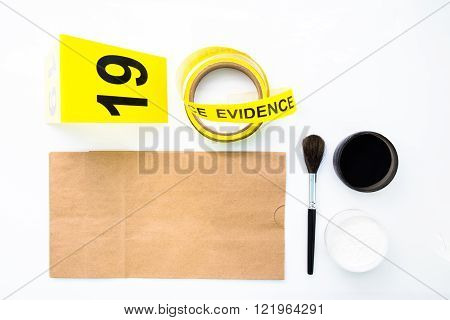 latent fingerprint search tool of forensic in crime scene investigation
