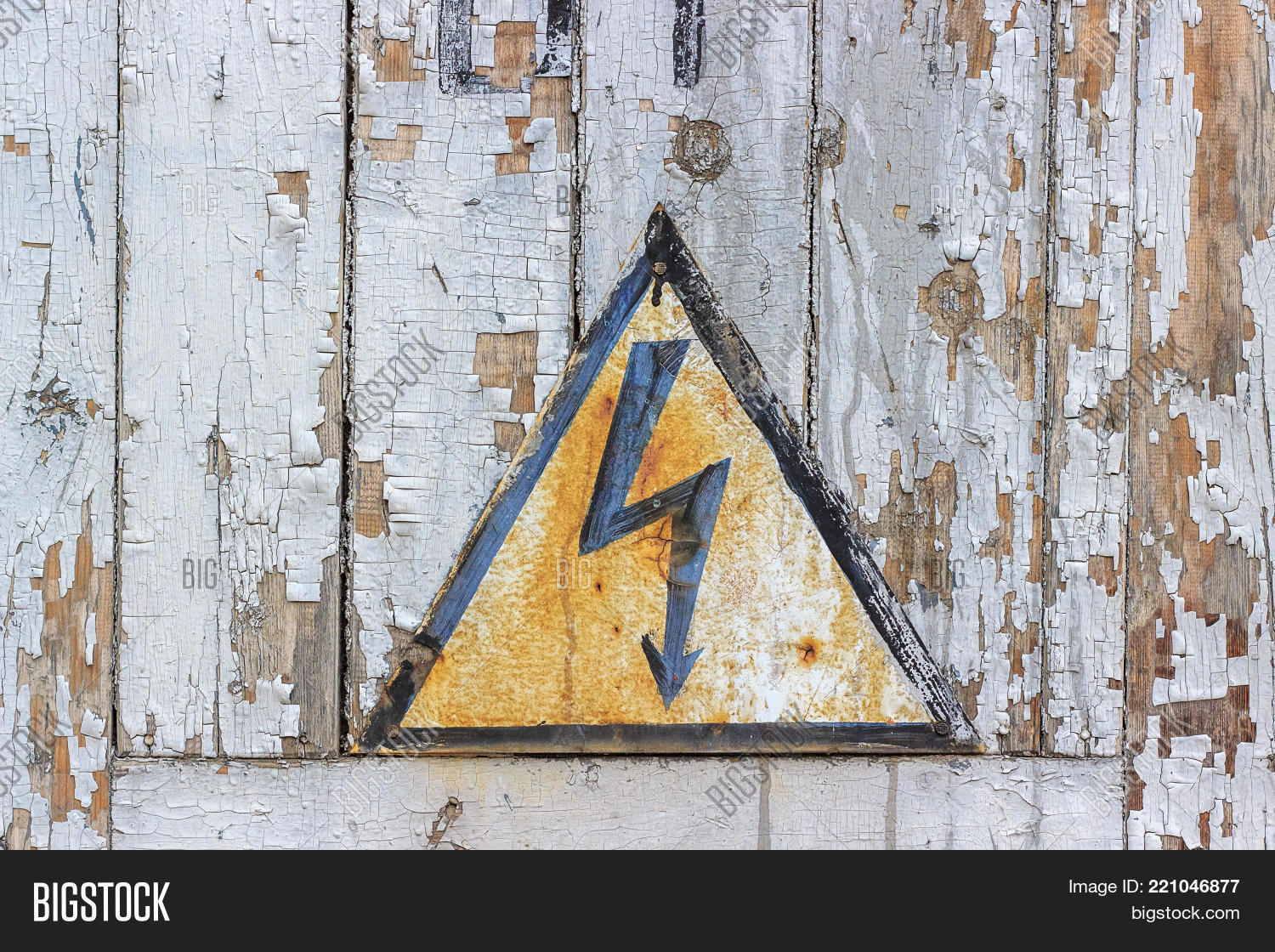 Old Rusty Sign Danger Image & Photo (Free Trial) | Bigstock