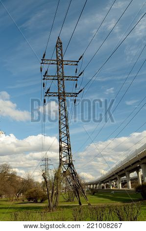 Urban transmission lines provide electricity supply to industrial facilities.