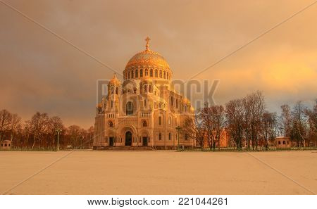 Naval cathedral of Saint Nicholas in Kronstadt, St.-Petersburg, Russia at night
