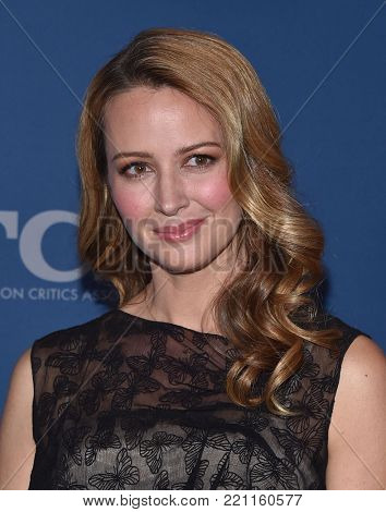 LOS ANGELES - JAN 04:  Amy Acker arrives for the 2018 FOX Winter TCA on January 4, 2018 in Pasadena, CA