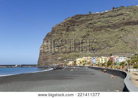 La Palma - Beach of Puerto de Tazacorte