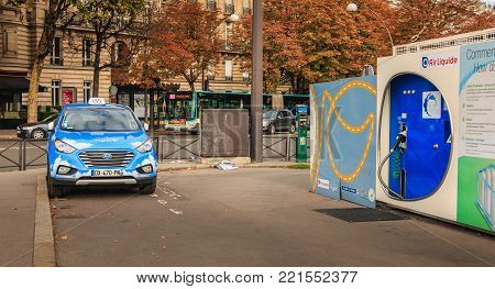 Parisian Taxi Hype From The Company Taxi Electrique Parisien,