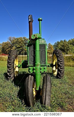 DETROIT LAKES, MINNESOTA, September 26, 2017:  The gill grill and steering column of of a General Purpose John Deere tractor, produced by the John Deere Company from 1928 through 1953.
