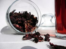 Red tea in the jar
