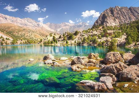 Alaudin Lake In Fann Mountains, Tajikistan. Fan Mountains With Turquoise Water In Lakes On Clear Day