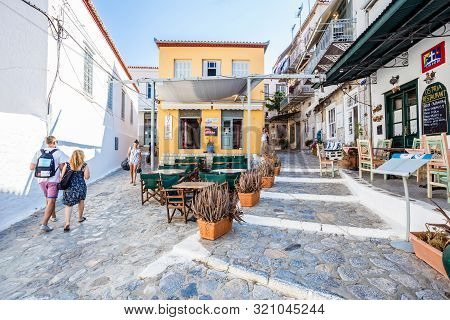Hydra, Greece - 16 August 2019: Narrow Traditional White Street In The Town Of Hydra, Hydra Island,