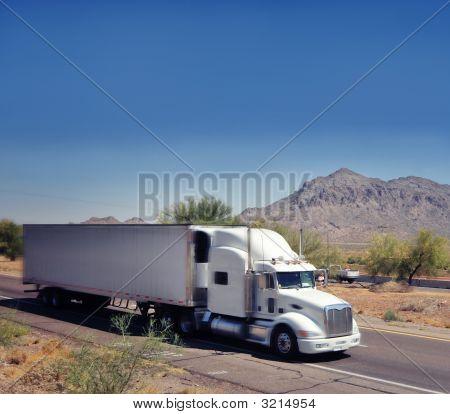 Large Truck Speeding Through Arizona