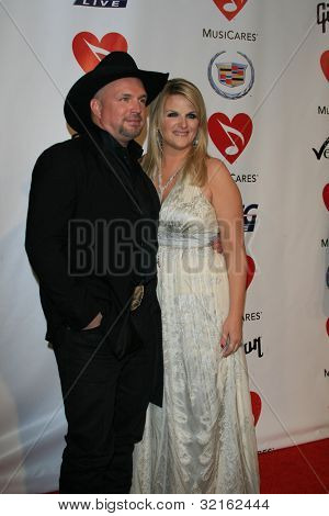 LOS ANGELES, CA - FEB 9: Garth Brooks, Trisha Yearwood at the 2007 MusiCares Person Of The Year at the LA Convention Center on February 9, 2007 in Los Angeles, California