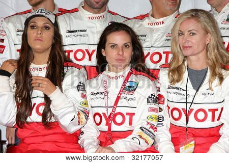 LOS ANGELES - APR 13:  Jillian Barberie Reynolds, Kate del Castillo, Eileen Davidson at the Toyota Pro/Celeb Race Qualifying Day at Grand Prix Race Track on April 13, 2012 in Long Beach, CA