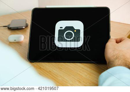 Apple Camera Logo On The Screen Of Ipad Tablet. March 2021, San Francisco, Usa