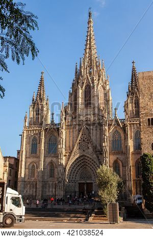 Barcelona, Spain - October 27, 2015: Cathedral Of The Holy Cross And Saint Eulalia In Barri Gothic Q