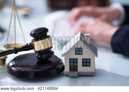 Real Estate House Foreclosure Lawyer. Property Litigation