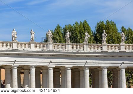 Vatican, Rome, Italy - October 9, 2020: Colonnade On St.peter's Square In Front Of Saint Peter's Bas