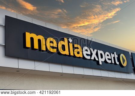 Poland, Poznan - May 08, 2021: Media Expert Is A Dynamically Developing Network Of Electromarkets On