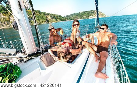 Young Rich Friends Chilling On Sailboat At Sea Trip - Guys And Girls Having Summer Fun Together At S