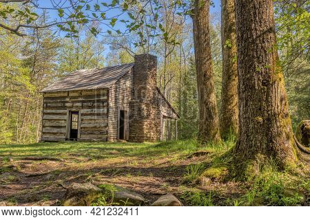 Horizontal Shot Of A Pioneer Cabin In Cades Cove In The Great Smoky Mountains National Park.