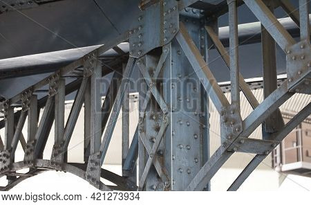 Steel Bridge With Arched Studs Steel Frame