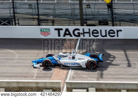 May 20, 2021 - Indianapolis, Indiana, USA: ALEX PALOU (10) of Barcelona, Spain practices for the 105th Running Of The Indianapolis 500 at the Indianapolis Motor Speedway in Indianapolis, Indiana.