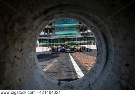 May 21, 2021 - Indianapolis, Indiana, USA: RC ENERSON (R) (75) of the United States practices for the 105th Running Of The Indianapolis 500 at the Indianapolis Motor Speedway in Indianapolis, Indiana.