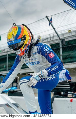 May 19, 2021 - Indianapolis, Indiana, USA: ALEX PALOU (10) of Barcelona, Spain prepares to practice for the 105th Running of The Indianapolis 500 at the Indianapolis Motor Speedway