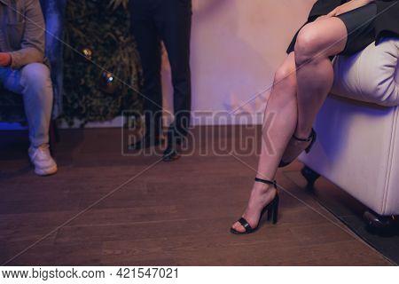Fashion Details Of Elegant Beautiful Woman Sitting In Vintage Cafe In Black Velvet Dress, Rich Styli