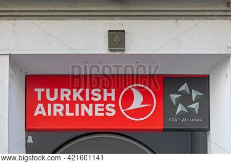 Belgrade, Serbia - April 12, 2021: Turkish Airlines Part Of Star Alliance Office At Kneza Mihaila St