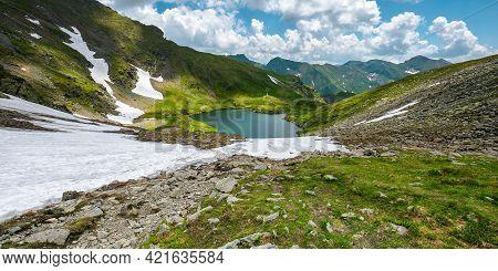 Mountain Summer Landscape With Alpine Lake. Beautiful Nature Scenery Of Fagaras Mountain Ridge, Roma