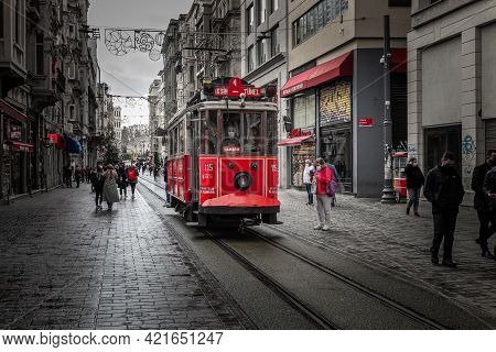Turkey Istanbul 2021-03-05 Istiklal Central Pedestrian Street With Railway Line And Red Retro Tram,