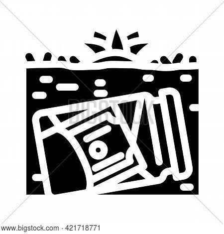 Money Buried In Garden Glyph Icon Vector. Money Buried In Garden Sign. Isolated Contour Symbol Black