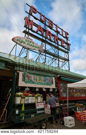 Seattle, Washington Usa - April 17, 2018. Tulip Stand Pike Place Market. Fresh Tulips For Sale At Th