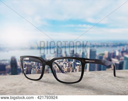 Glasses That Adjust Correctly Eyesight From Blurred To Sharp