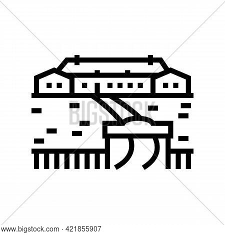 Ranch Style House Line Icon Vector. Ranch Style House Sign. Isolated Contour Symbol Black Illustrati