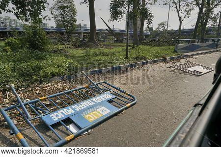 Kolkata, West Bengal, India - 23rd May 2020 : Super Cyclone Amphan Gusted Against Kolkata Police Roa