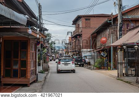 Loei/thailand-23 Oct 2020:chiang Khan Walking Street In The Moring.chiang Khan Is An Old Town And A