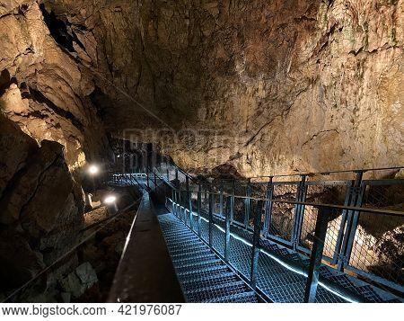 The Vallorbe Caves Or Grotte De L\'orbe (grottes De Vallorbe Or Die Grotten Von Vallorbe) - Canton O