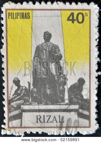 Philippines - Circa 1970S: A Stamp Printed In Philippines Shows Rizal Sculpture, Circa 1970S