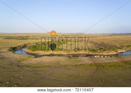 Balloon over Mara river, Kenya