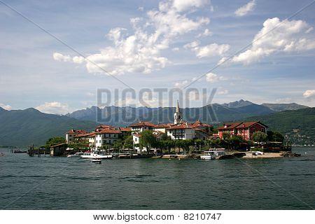 Lago Maggiore and Isola Superiore